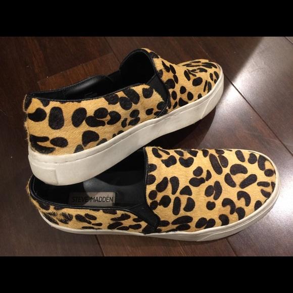 034083bf7f4 Steve Madden Cheetah Slip On Sneakers. M 5b1b6ca51b3294e77b1de3e8